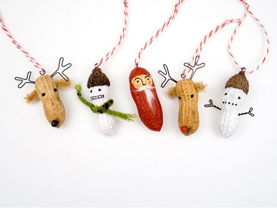 decoration-peanut-christmas-garland-1-2-e1386627996952